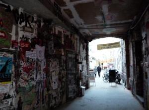 Irgendwo is immer Licht, ooch in Berlin. Meistens am Ende des Tunnels