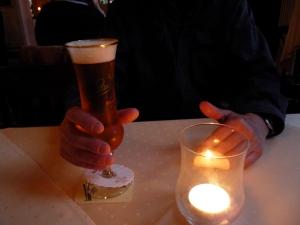 Bitte nicht das Bier- mit dem Lichtglas verwechseln