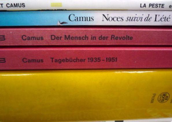 Der Fremde. Die Pest. Der Fall. Der Mythos von Sisyphos. Camus hat uns begleitet.
