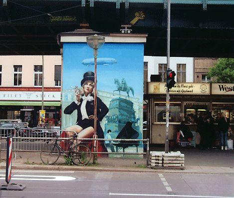 Sie hat noch einen Zylinder in Berlin © Christian Brachwitz