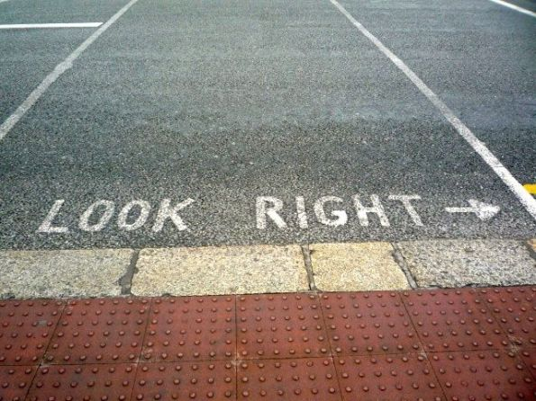 Look right im Linksverkehr