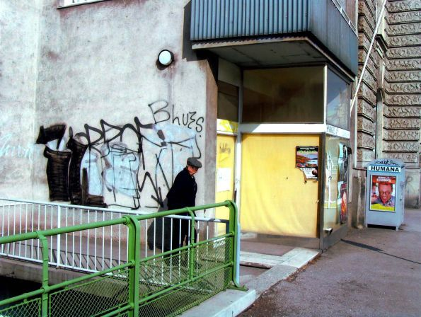 Über Graffiti kann man streiten, aber lieber konkret als pauschal. Der Schwung einiger Linien ist beachtlich. © Christian Brachwitz