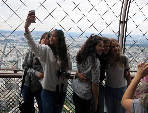 Wir und der Eiffelturm © Christian Brachwitz