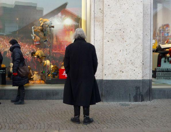 Grafen sieht man in Berlin-Mitte immer mal wieder