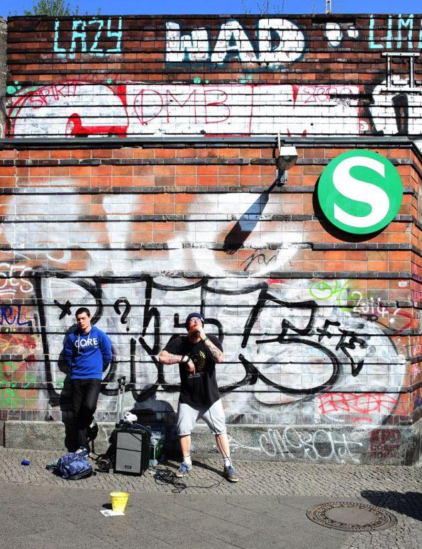 Halt inne! Berlin S-Bahnhof Frankfurter Allee © Text und Foto: Christian Brachwitz