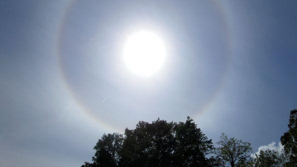 Die Sonne kreist sich selber ein