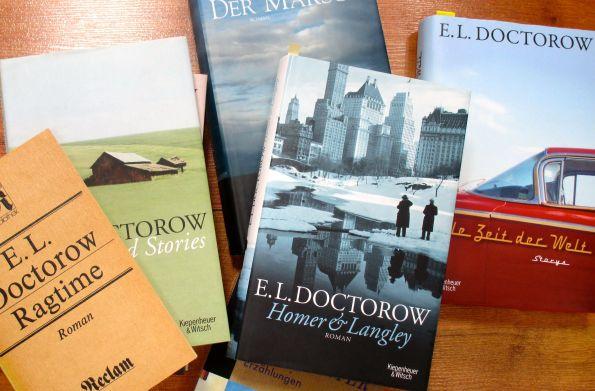 Bücher, die nicht im Regal rumstehen, sondern wirklich gelesen werden