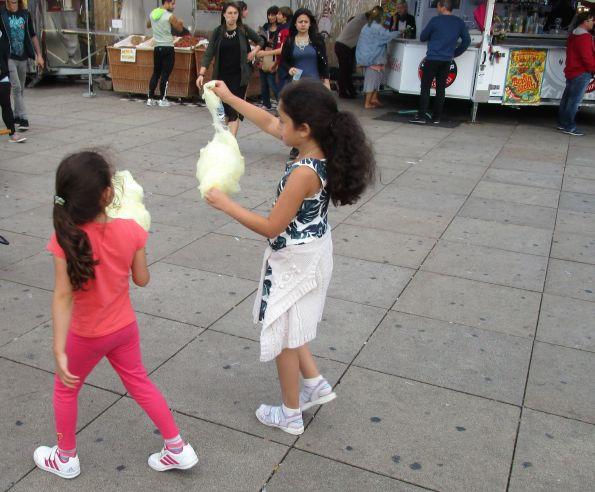 Demnächst: Olympisches Zuckerwattezupfen