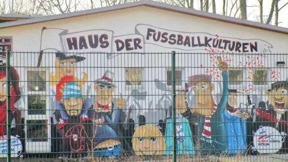 Und ein Haus der Fußballunkulturen brauchen wir auch © Fritz-Jochen Kopka